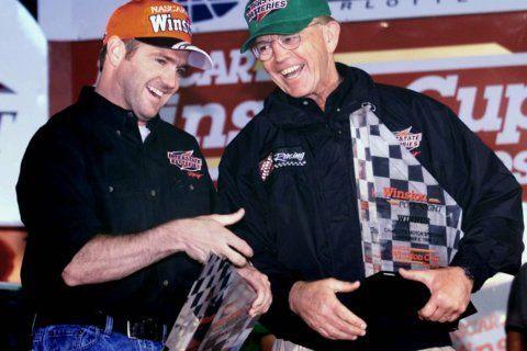 Stewart, Gibbs, Labonte elected to NASCAR Hall of Fame