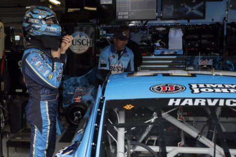Harvick on pole for Cup Series race at Kansas Speedway