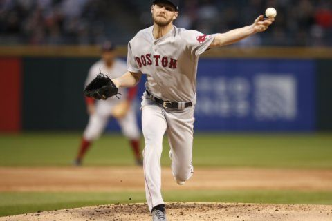 Sale sparkles to earn first win, Red Sox top White Sox 6-1