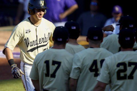 Vandy powers past LSU 13-4 and into SEC championship game