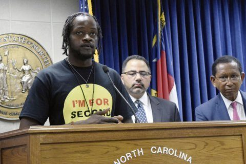 North Carolina moves to help offenders clear their records