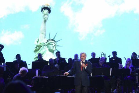 Poet laureate writes tribute for Statue of Liberty Museum