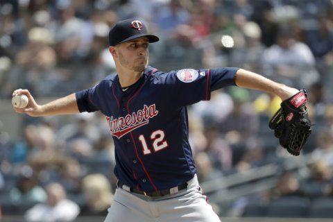 Odorizzi, Twins top Yankees 7-3; Andjuar 2 errors in return