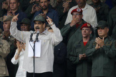 AP Exclusive: US missed chance to woo Venezuela generals