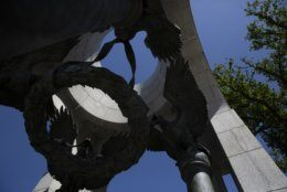 A crack is seen in right column of the Atlantic granite arch at the World War II Memorial on the National Mall in Washington, Friday, May 24, 2019. (AP Photo/Carolyn Kaster)