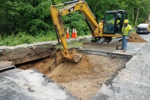 Northbound GW Parkway to remain closed for several days while sinkhole repair continues