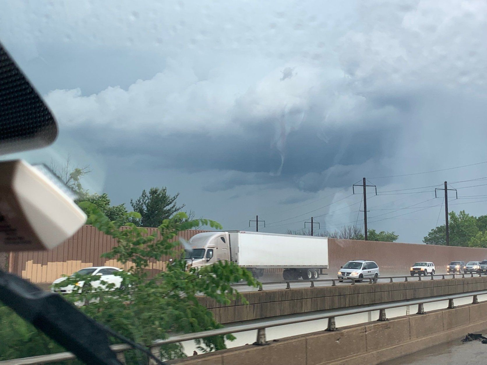 The view was ominous outside BWI Marshall Airport around 3:30 p.m. Thursday. (Courtesy @boogaboosmommy via Twitter)