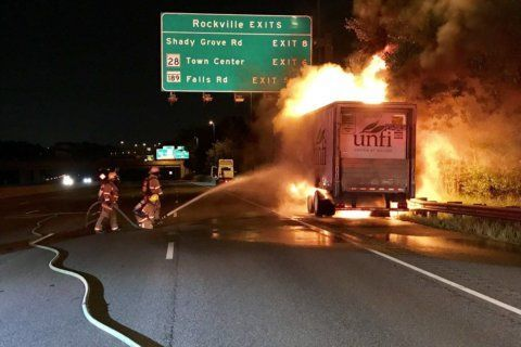 Cleanup after tractor-trailer blaze blocked portions of I-270