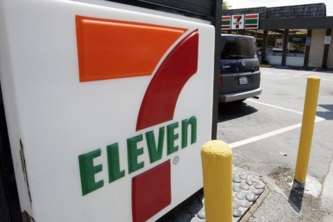 Man who shot Virginia 7-Eleven robbers won't be charged