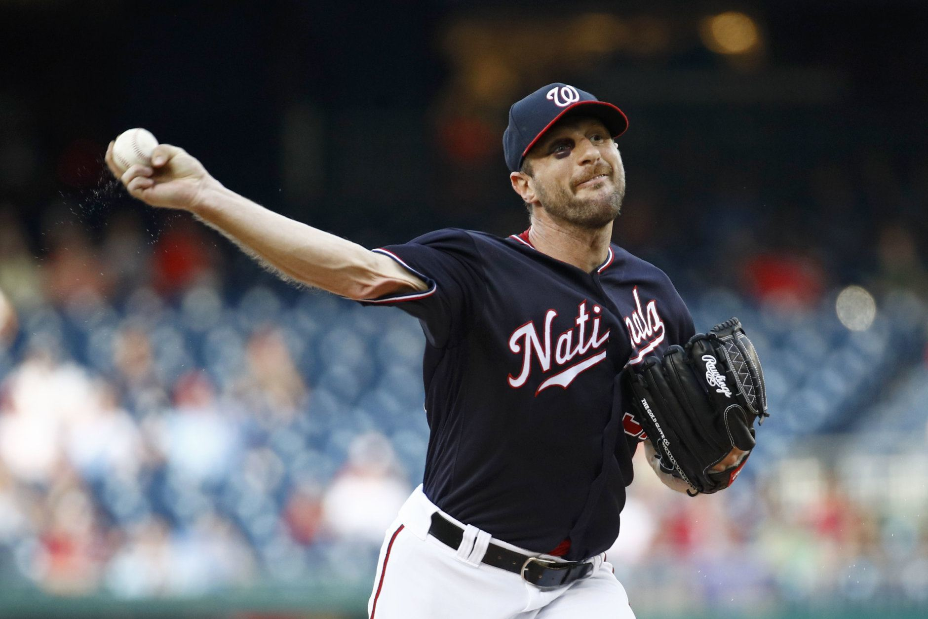 Washington Nationals starting pitcher Max Scherzer throws to the Philadelphia Phillies in the first inning of the second baseball game of a doubleheader, Wednesday, June 19, 2019, in Washington. (AP Photo/Patrick Semansky)