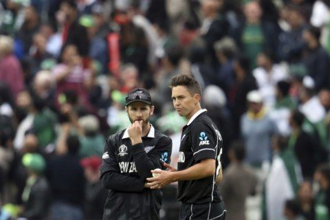 NZ needs win to make World Cup semis, Australia not resting