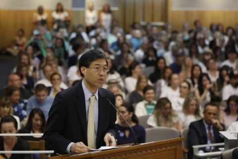 California Assembly committee backs vaccine exemption law