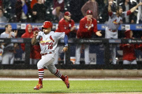 Cards rally in rain, game vs Mets suspended in 9th tied at 4