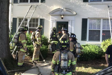 Man in critical condition after Arlington house fire