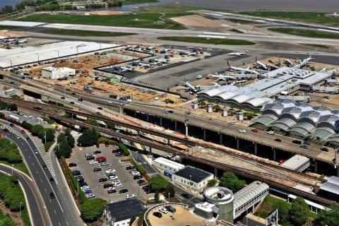 DCA's new commuter terminal beginning to take shape