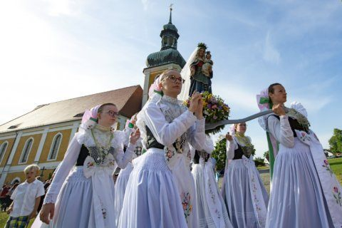 Catholics hold traditional Whit Monday ceremony in Germany
