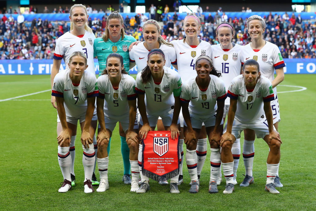 LE HAVRE, FRANCE - JUNE 20: Players of USA pose for a team photograph prior to the 2019 FIFA Women's World Cup France group F match between Sweden and USA at Stade Oceane on June 20, 2019 in Le Havre, France. (Photo by Martin Rose/Getty Images)