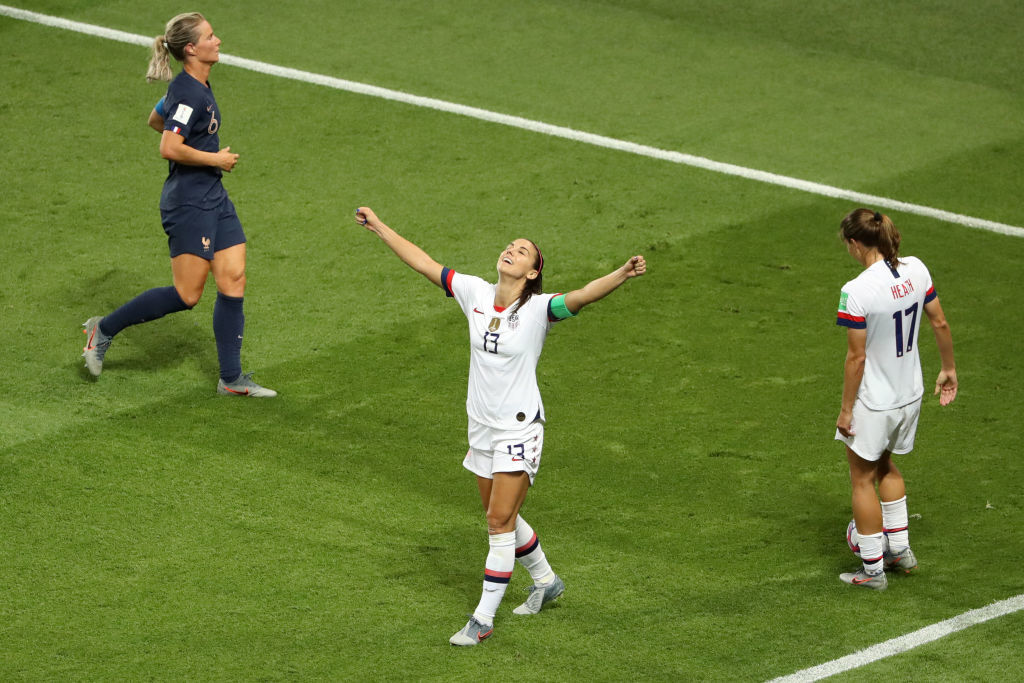 PARIS, FRANCE - JUNE 28:  Alex Morgan of the USA celebrates following victory in the 2019 FIFA Women's World Cup France Quarter Final match between France and USA at Parc des Princes on June 28, 2019 in Paris, France. (Photo by Robert Cianflone/Getty Images)