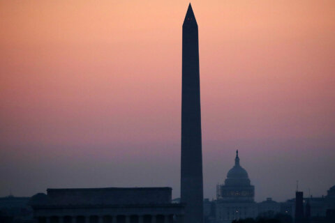 Sunday's heat index could top 95 degrees; DC issues heat emergency