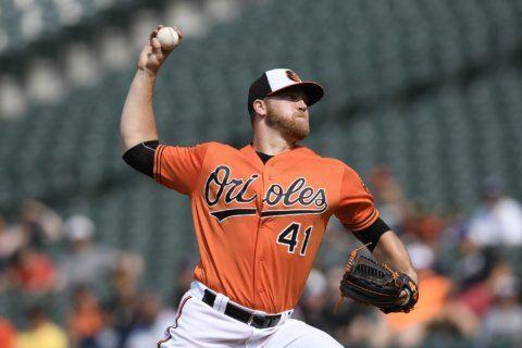 Belt's 4 RBIs, Posey HR carry Giants past Orioles 8-2