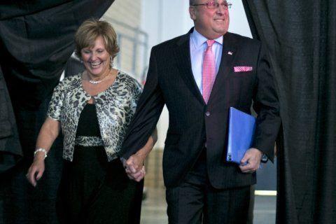 Former Maine governor has a new job: tending bar
