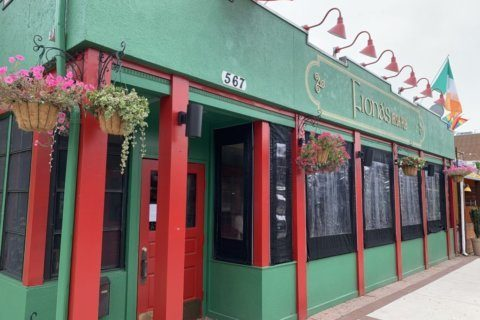 Fiona's Irish Pub in Crystal City closes suddenly