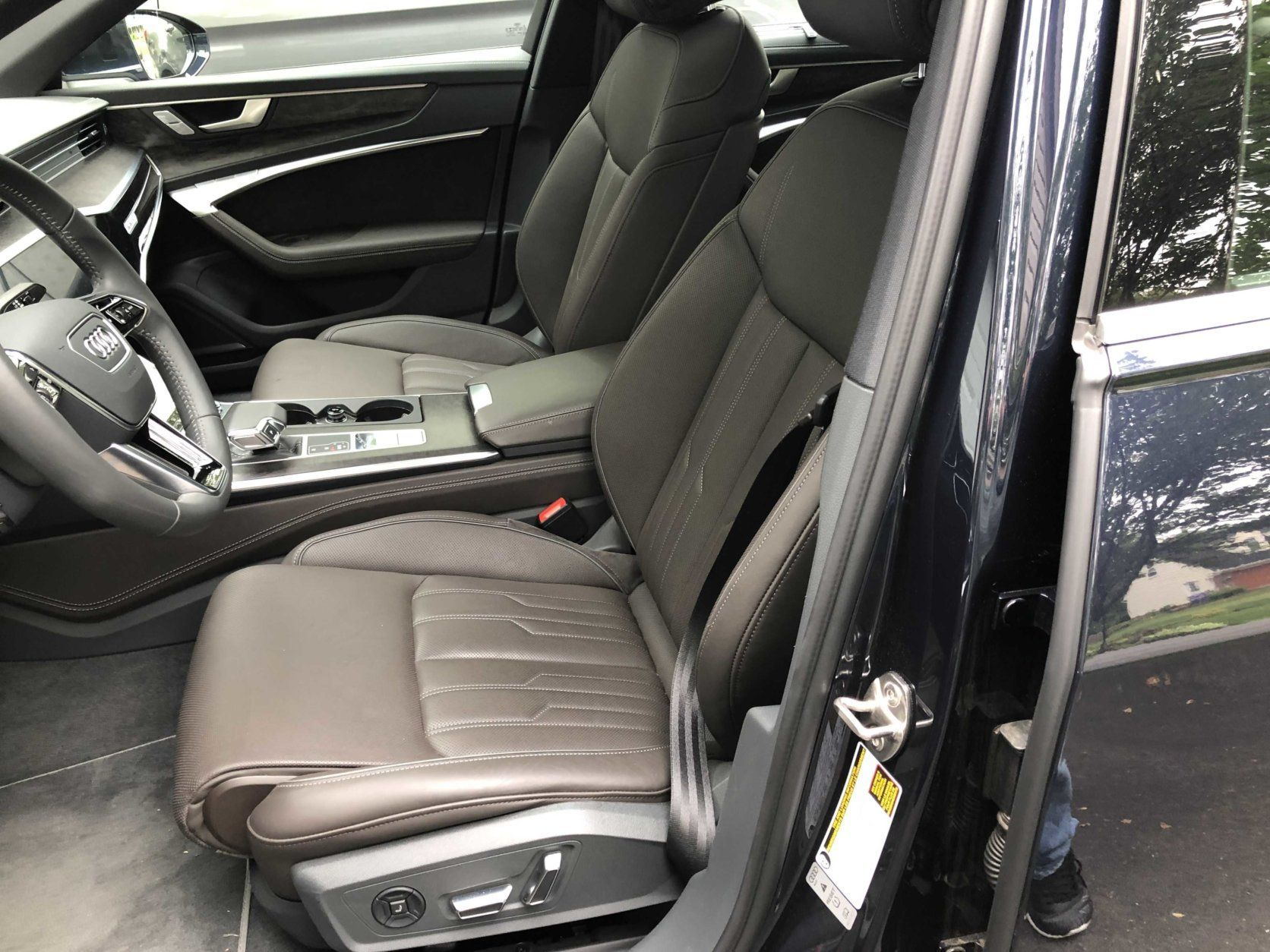 Audi A6 front seats
