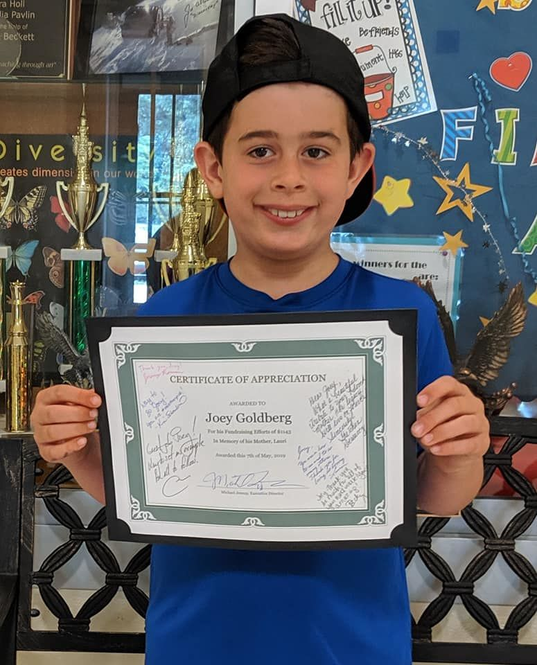 Joey Goldberg, 8, raises money for cancer research. (Courtesy Aaron Goldberg)