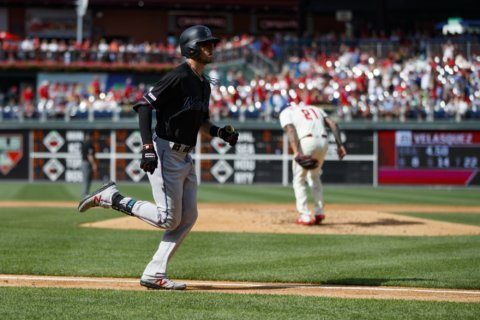 Castillo's 2-run double lifts Marlins past Phillies 5-3