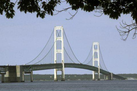 Enbridge to begin rock, soil sampling in Straits of Mackinac