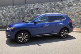 The Nissan Rogue is becoming more mainstream when it comes to style. It's nothing earth-shattering but it's pleasant to look at.   (WTOP/Mike Parris)