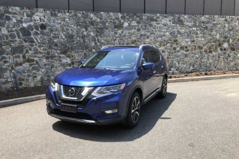 Car Review: Nissan Rogue looks to new tech to be head of the compact crossover class