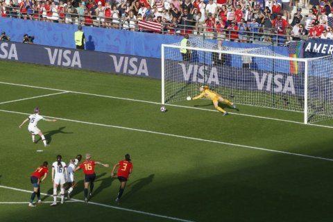 US women's team edge Spain, advance to quarterfinal against host France