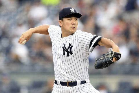Tanaka Ks 10 in 2-hitter, Yankees blank Rays 3-0 to up lead