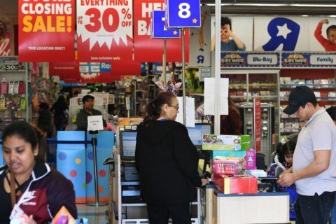 Toys 'R' Us plans to return in the United States this year