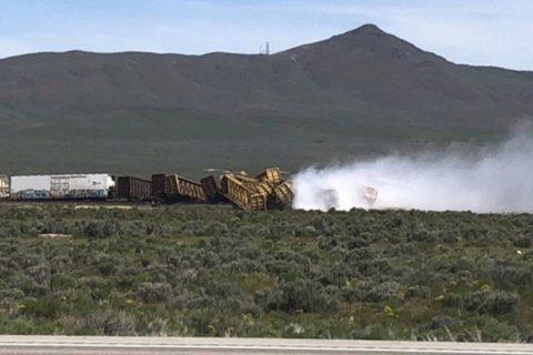 Train derails near Nevada-Utah line; no injuries reported