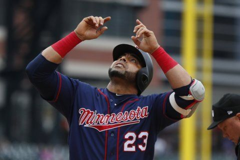Cruz homers in 4th straight game, Twins trounce Tigers 12-2