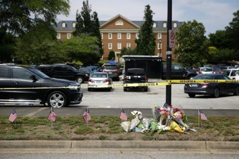Virginia Beach orders independent probe of mass shooting