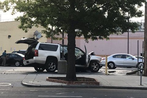 Stolen car crashes into Northwest DC speed camera pole