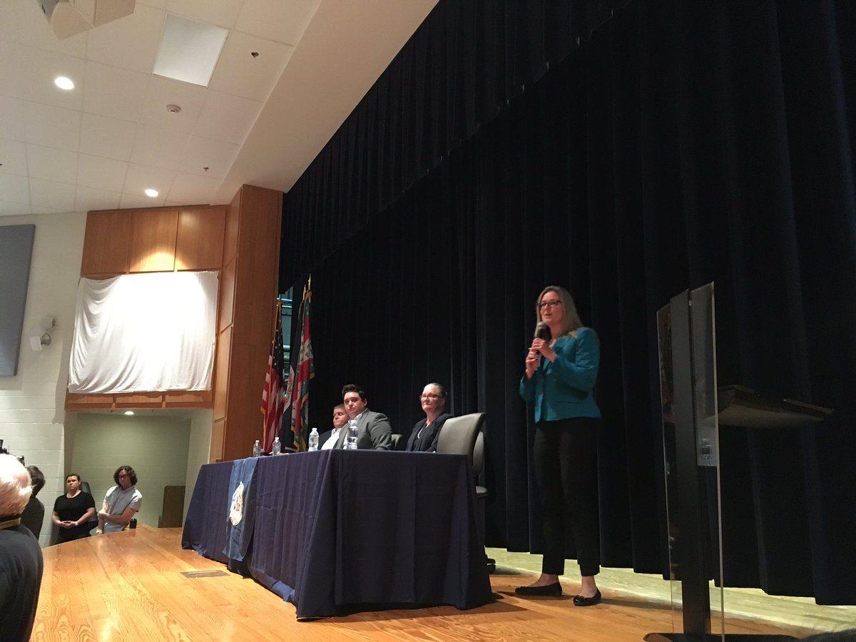 Virginia Congresswoman Jennifer Wexton, D-Va., hosted a town hallgun safety and gun rights Chantilly on Saturday. (WTOP/Liz Anderson)