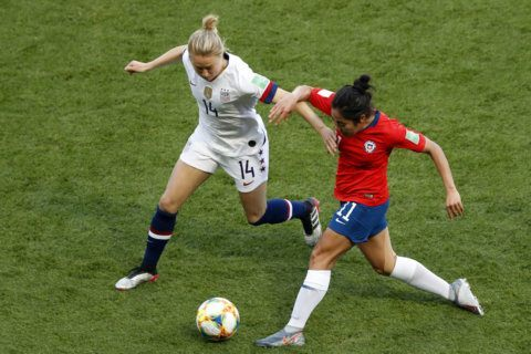 US beats Chile 3-0, advances to next round of Women's World Cup