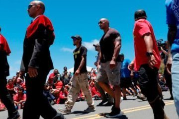 'The Rock' lends support to protesters in Hawaii
