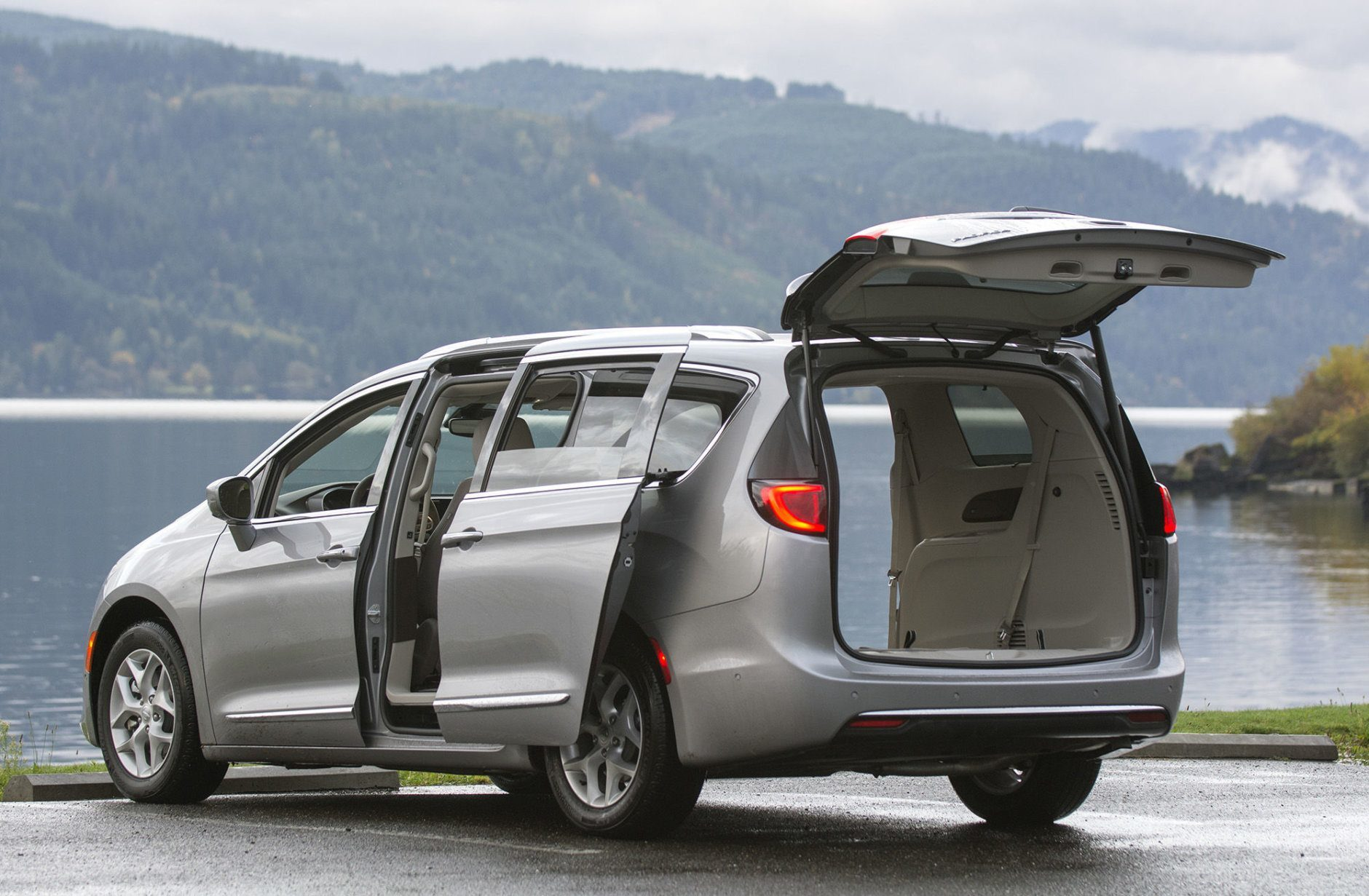 2019 Chrysler Pacifica Purchase Deal: 0% financing for 60 months (U.S. News & World Report/John M. Vincent)