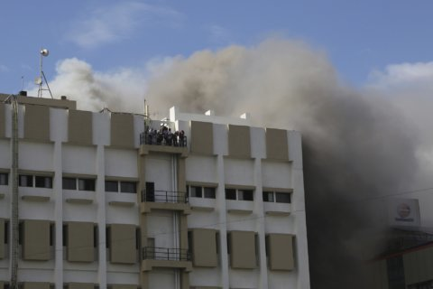89 safely rescued after Mumbai office building catches fire