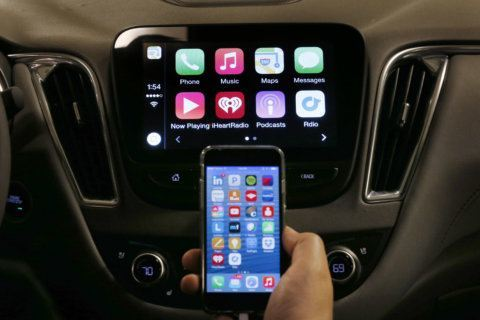 New tech in cars is distracting older drivers
