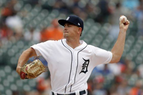 Tigers beat Blue Jays 4-3 on Castellanos' HR in 10th