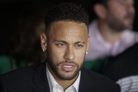 Brazil cops get more time to probe rape claim against Neymar