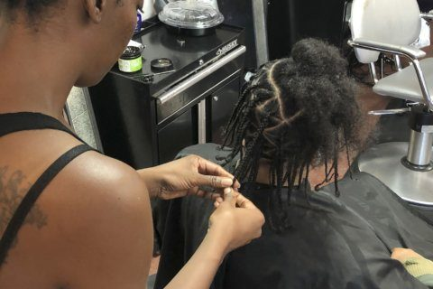 California becomes 1st state to ban hairstyle discrimination