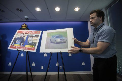 Police: 'All Canadians' urged to be vigilant for suspects