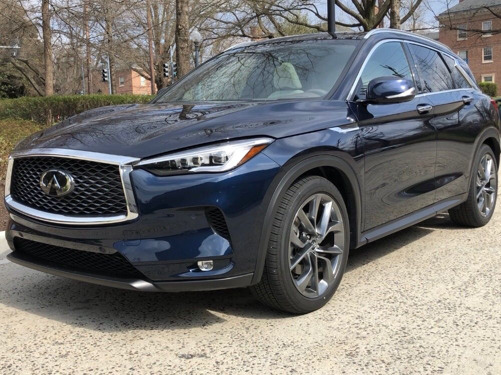The front view of the Infiniti QX50.